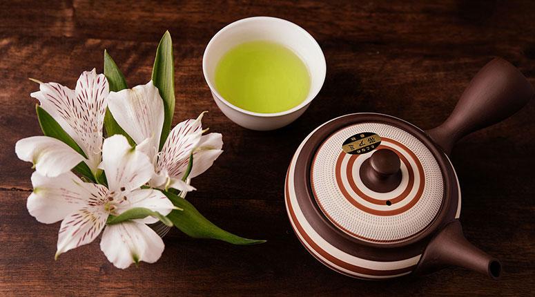 cand se bea ceaiul verde